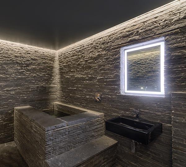 Stone Ensuite Bath